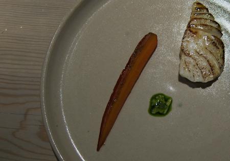 Gostosa servindo no restaurante cuzuda - 3 part 5